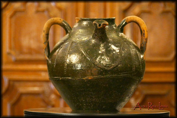 Cruche à huile - XVIIIᵉ siècle -Quercy - Petit bec pincé pour donner la pression.