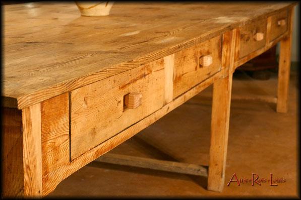 Table d'artisan drapier – XIXᵉ siècle – Pyrénées