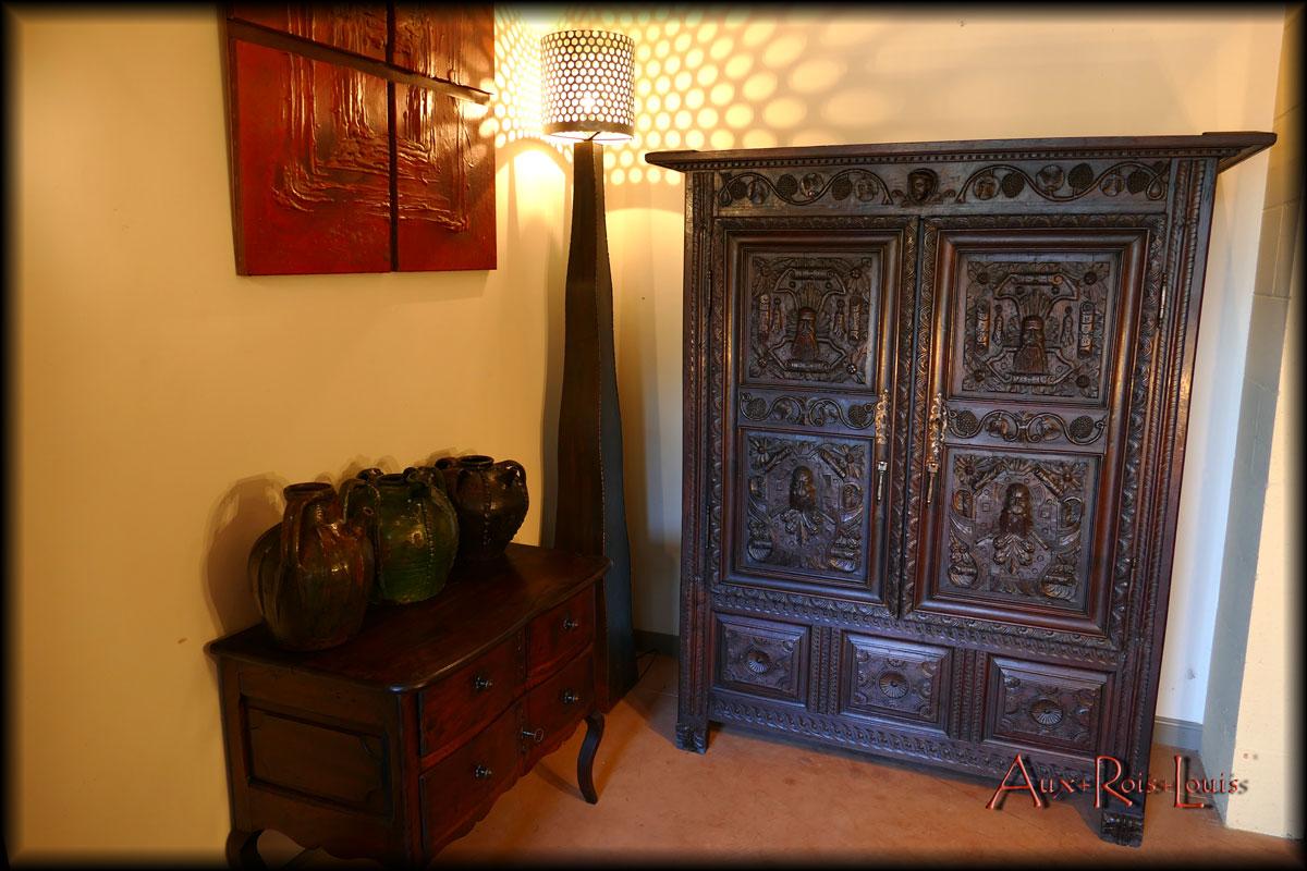Oak storage wardrobe - from a monastery – 17ᵗʰ century – Burgundy