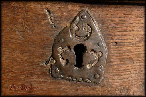 hand-crafted keyhole