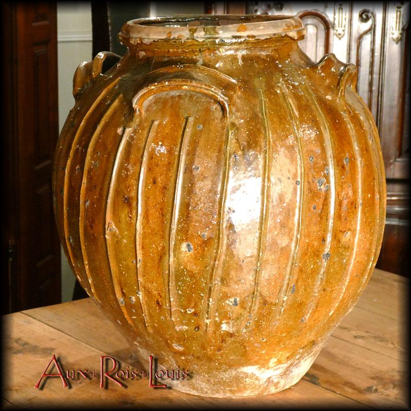 Glazed earthenware «mélard» - 18ᵗʰ century – Puy de Dôme