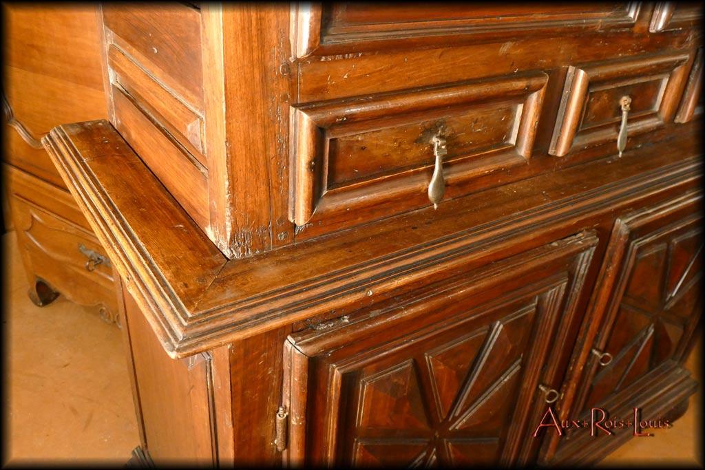 Door and cyma mouldings