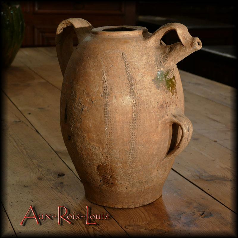 Water jug from Sadirac – 18ᵗʰ century – Gironde – Aquitaine
