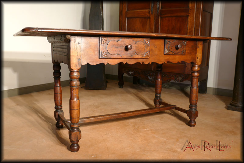 Cherry kitchen table – 18ᵗʰ century – South West