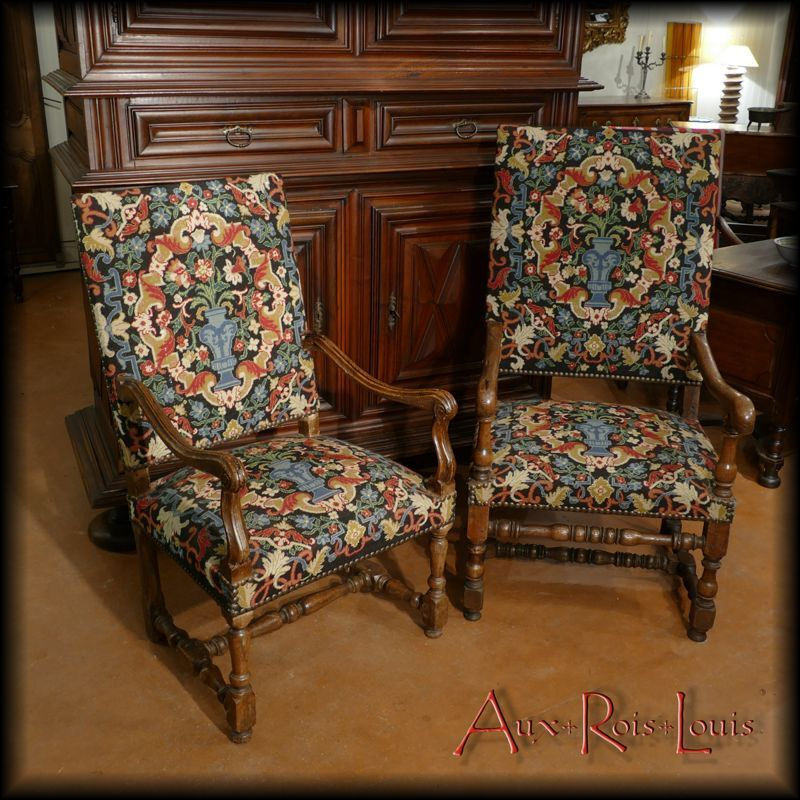 Couple of oak armchairs – Louis XIV – South West