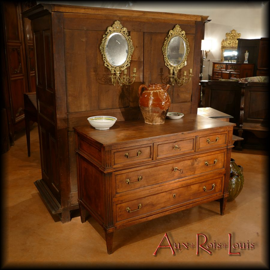 Louis XVI walnut chest of drawers – Late 18ᵗʰ century – South West – [ME045]
