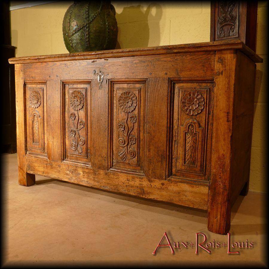 Elm wedding chest – 18ᵗʰ century – Cantal – [MP016]